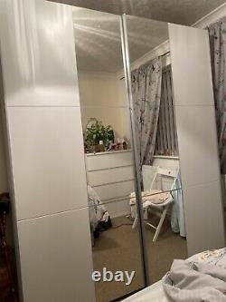 Mirrored wardrobe With sliding doors used