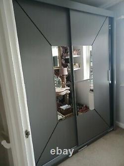 Modern Bedroom Double Sliding Door Wardrobe with LED LIGHT