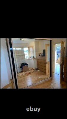 Wardrobe With Sliding Mirror Doors